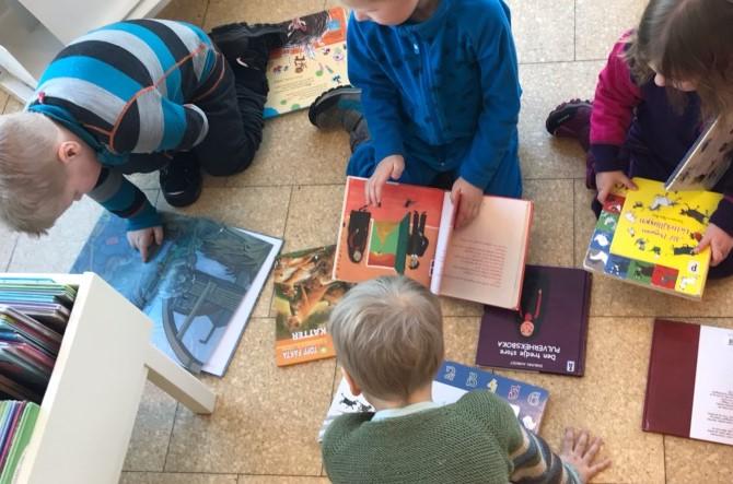 Bibliotek (2)